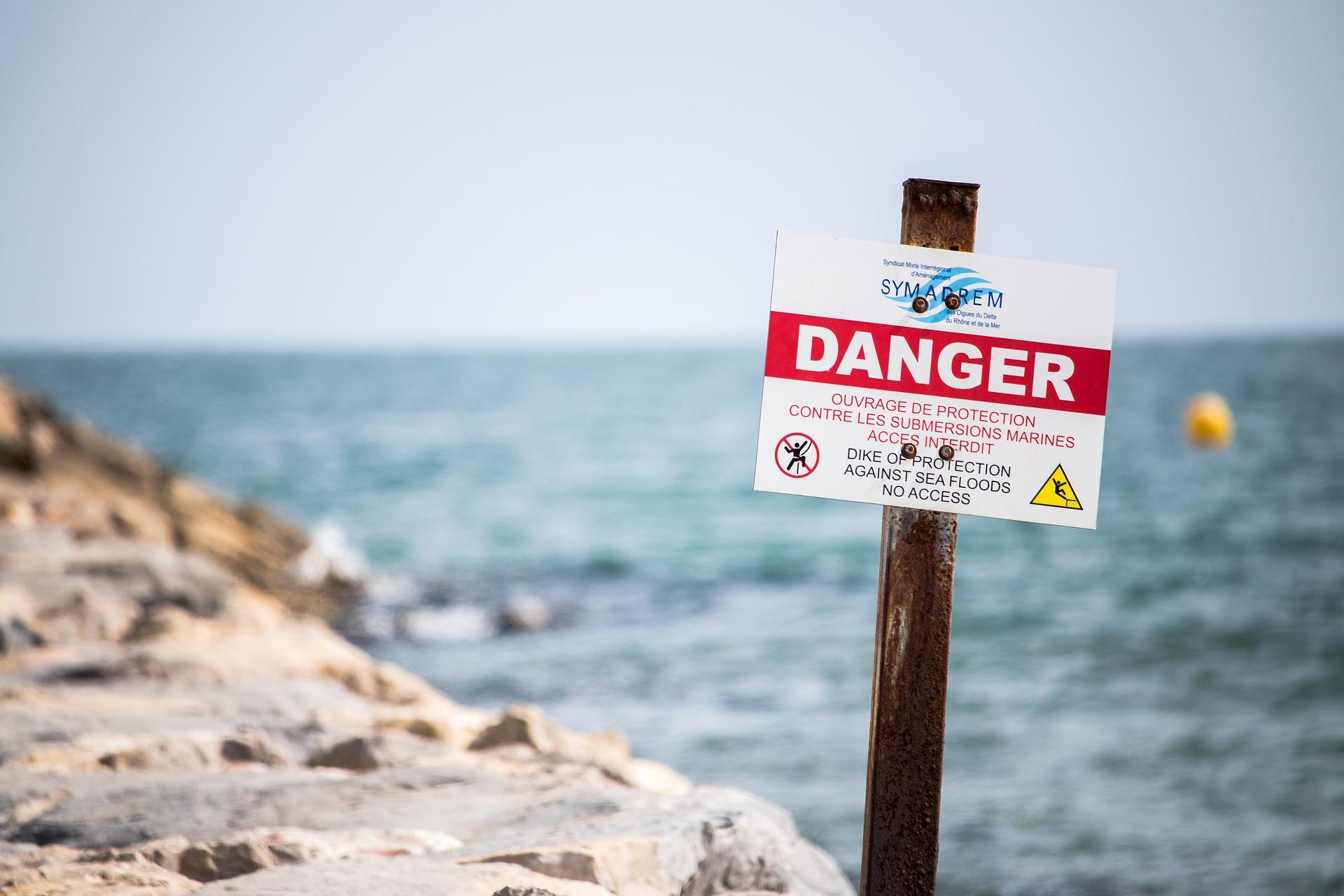 danger-2483064_1920.jpg
