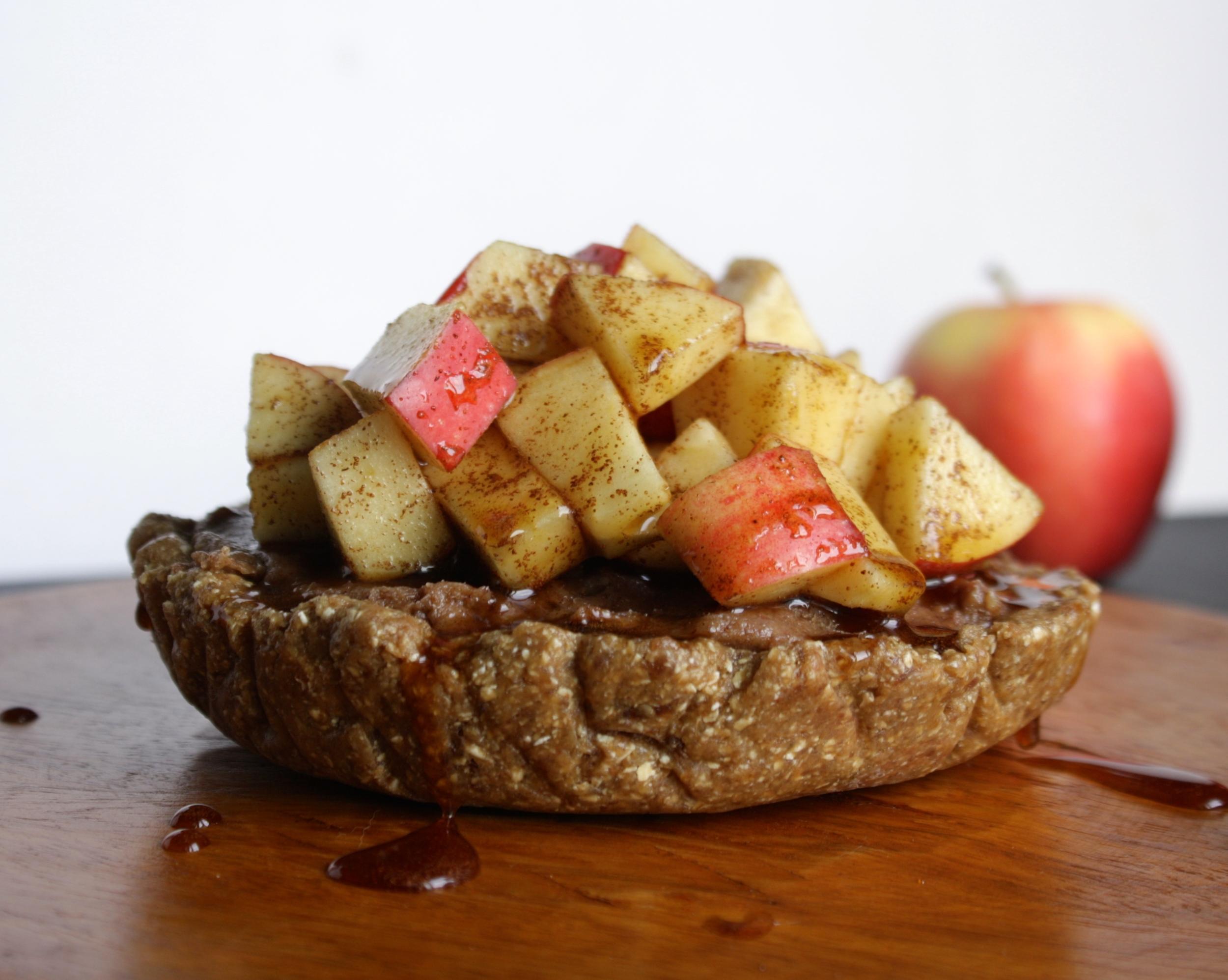 Apple Cinnamon Vegan Cheesecake