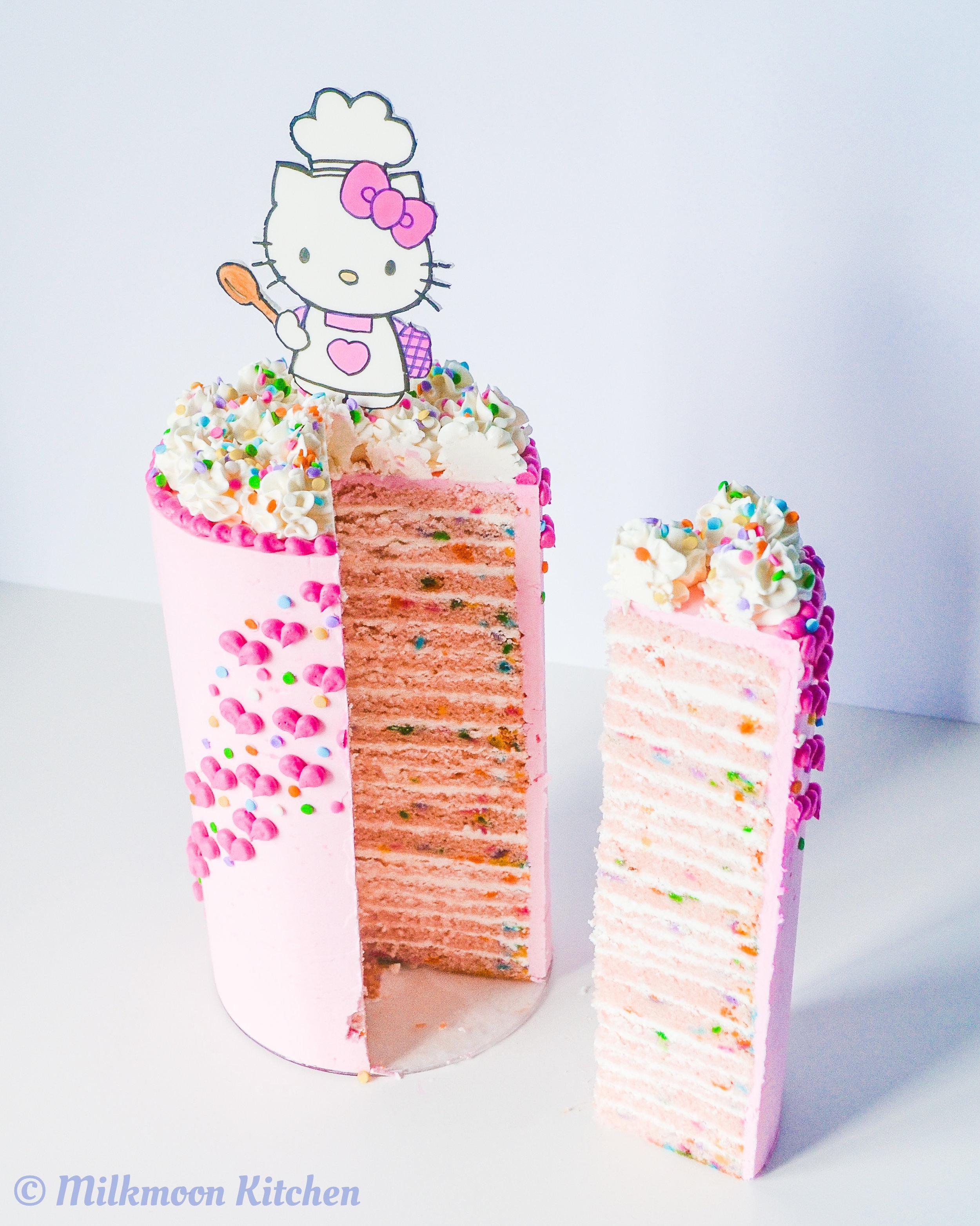 Hello Kitty Cake by Milkmoon Kitchen