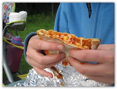 pocket pizza.jpg
