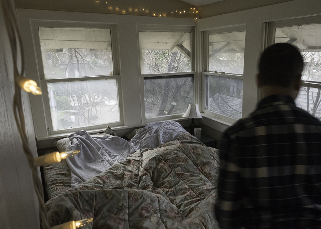 Jarian bed.jpg
