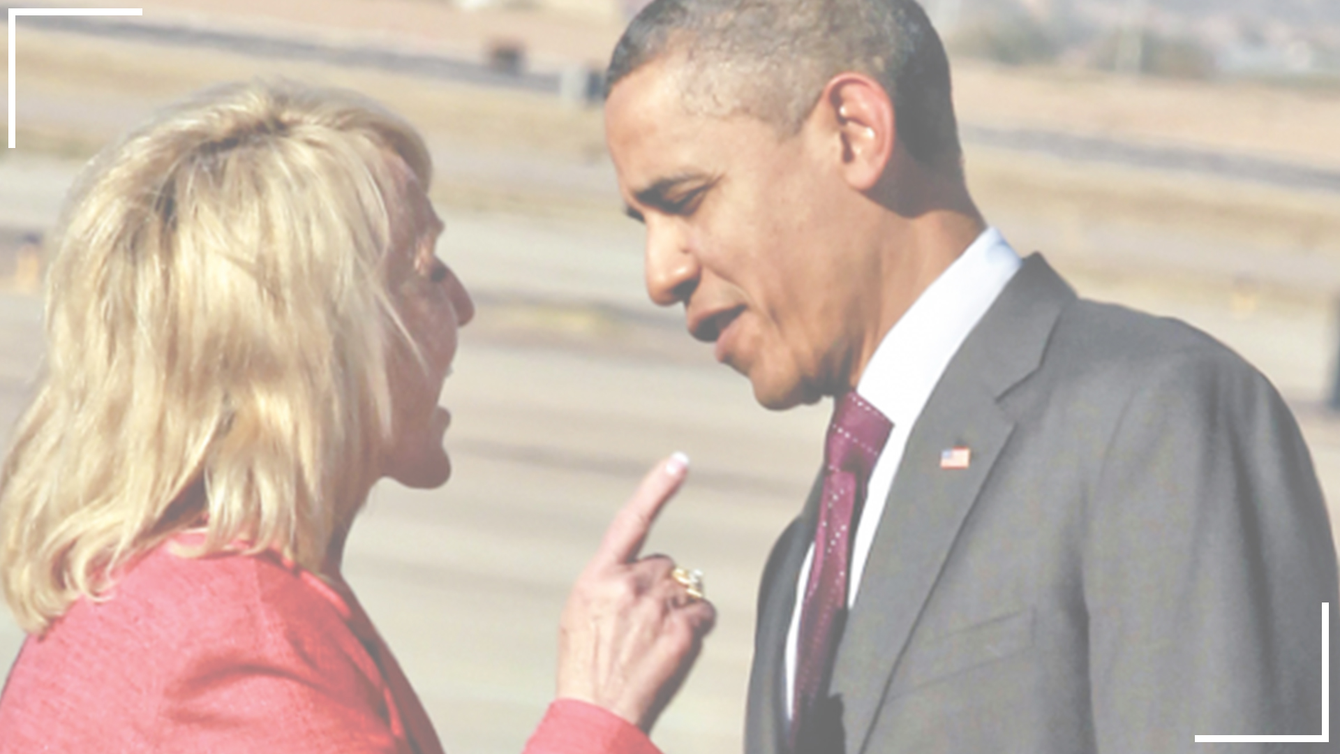 Republican Senator Jan Brewer confronting President Barack Obama