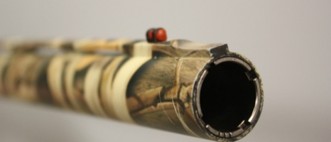 THE BEST TYPE OF CHOKE FOR DUCK AND GEESE HUNTING    There's a great deal of discussion regarding shotgun and load selection for waterfowl, but many hunters overlook a very important element in making clean, ethical kills—the choke tube. Interchangeable choke tubes are one of the most important technological advances in shotguns in the past 50 years, and having the ability to change the chokes allows you to fine-tune your shotgun's pattern for more versatility at varying ranges.