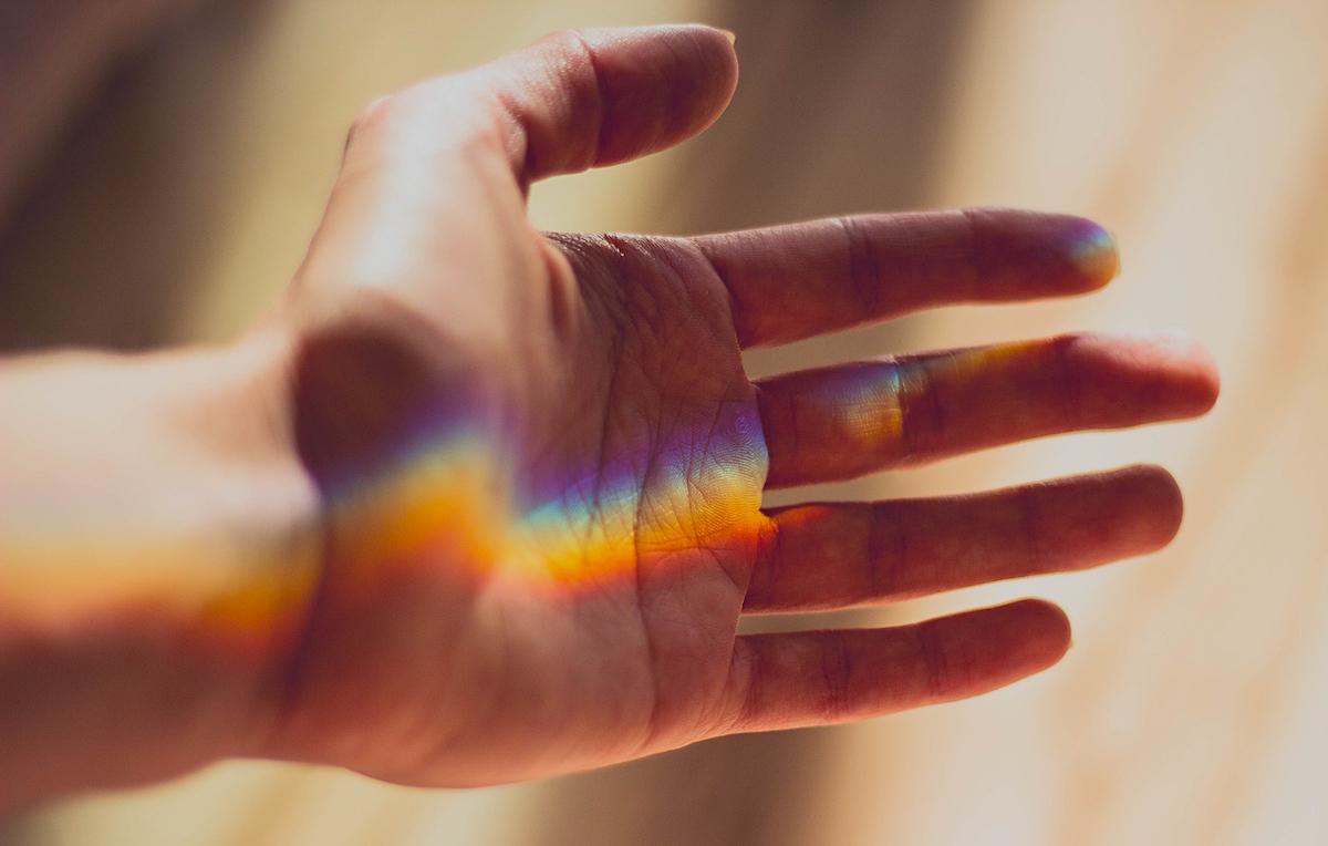 hand-rainbow.jpg