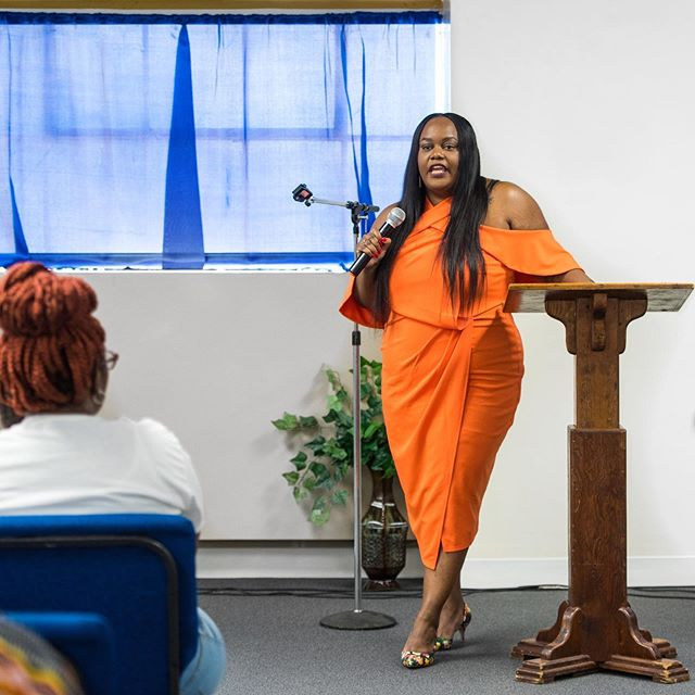 Yesterday I spoke at the Sistas Lovin on Sistas Luncheon about my journey as a blogger - it was an amazing experience and a great group of women to be around. Thank you Aleceandria Deenie Denise Harris for inviting me, and thank you to my friends and family that came out and supported 📷 @thedarkroomco —— This journey has taken me from blogger to Creative Director  to  Photo Shoot Coach to Personal Stylist  to Wardrobe Consultant to Photoshoot Stylist...I wonder what's next 🤔