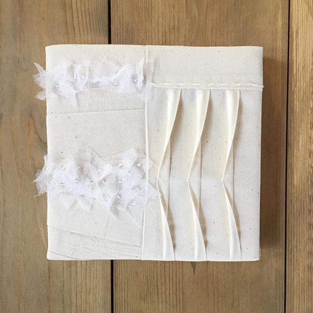 Day 29 of 30: damn it's cold outside. To all of my Midwest friends- stay warm and safe these next couple of days! 🌬  Today's scraps are muslin from the trash, leftover cotton warp and silk/linen scraps from Paris. . . . . . #30x30x30exhibition #vargallery #piecework #pleats #texture #smallart #zerowaste #scrapfabric #sustainableart #movement #artistmom #milwaukee #socold