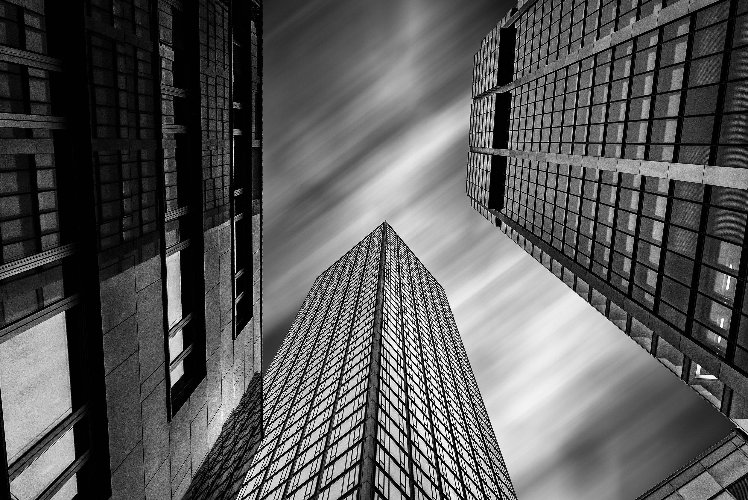 Frankfurt skyscraper.jpg
