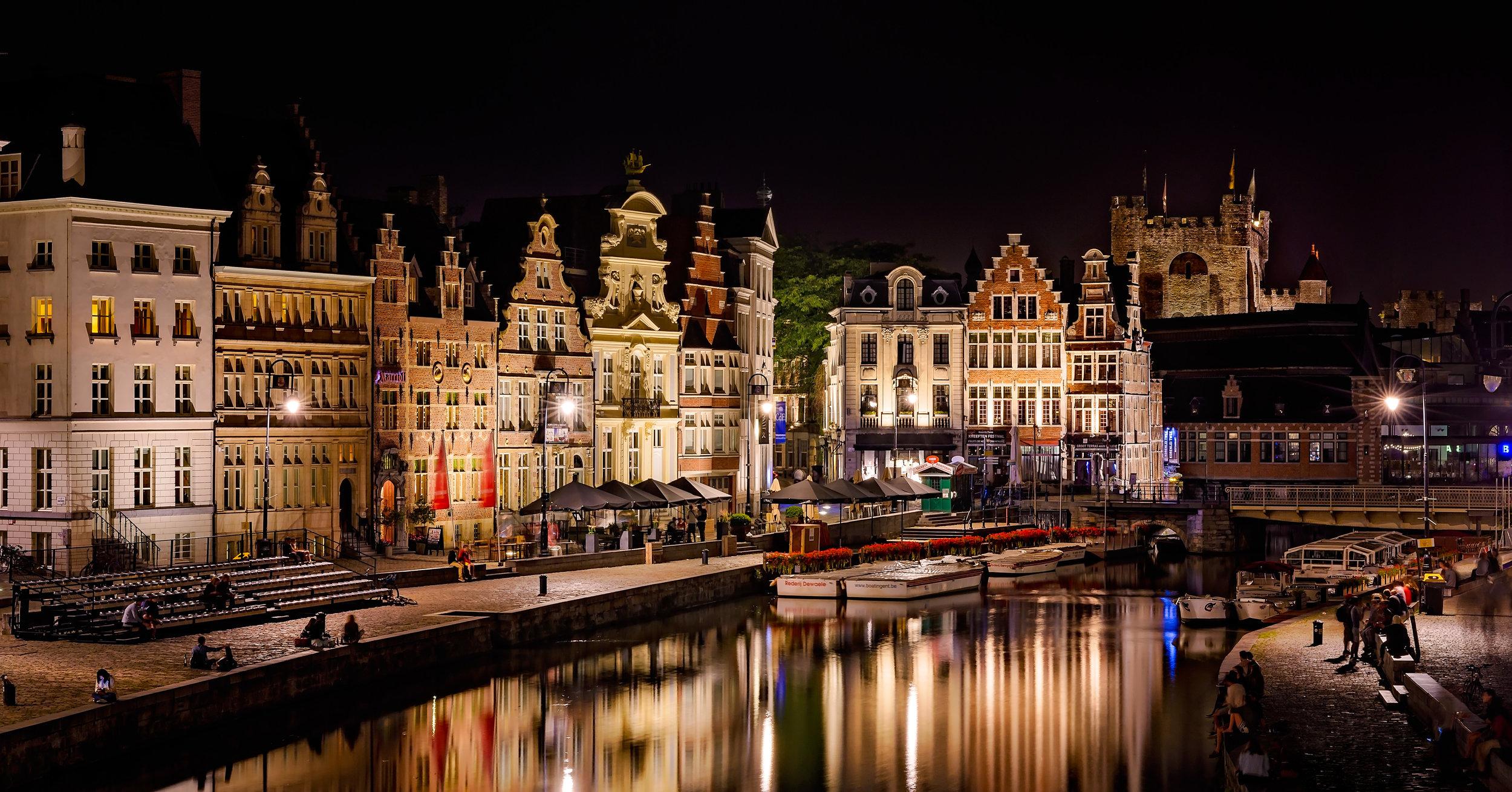 Gent by night.jpg