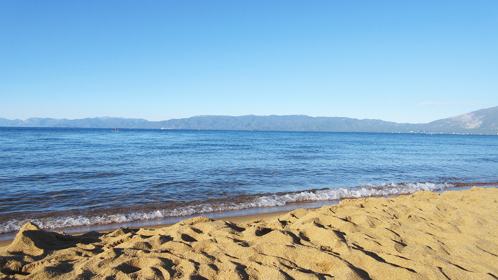 baldwin beach blue water sandy beach.jpg