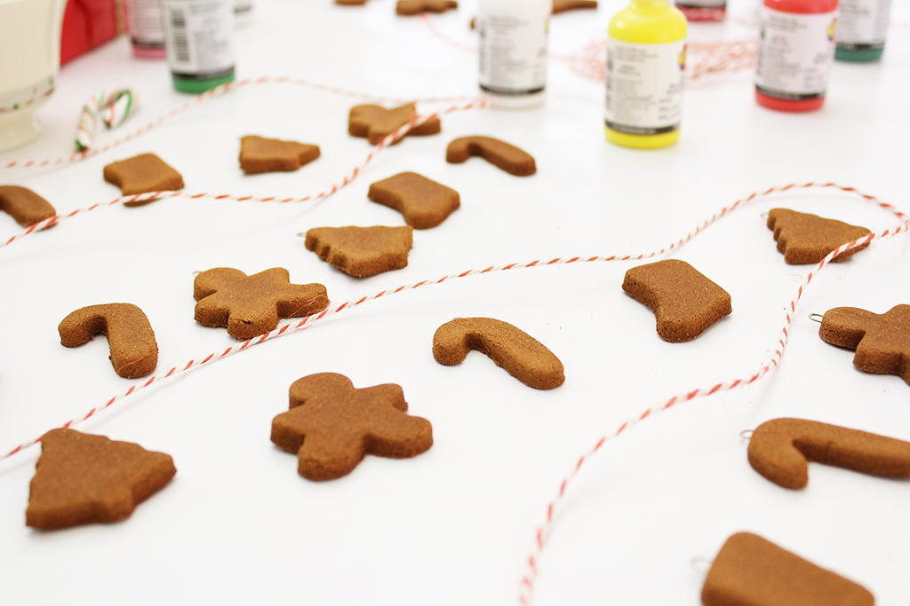 Mini Gingerbread Cookie Garlands before being decorated
