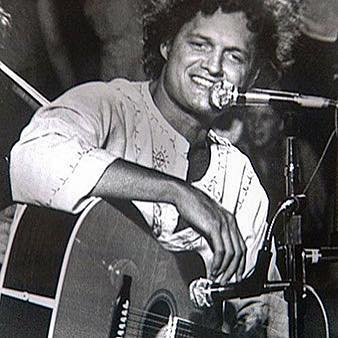 Harry Chapin would have turned 76 today. Happy birthday Harry, keep the change! If you can, donate to hungerthon.org, which Harry created with the goal of ending hunger in America.