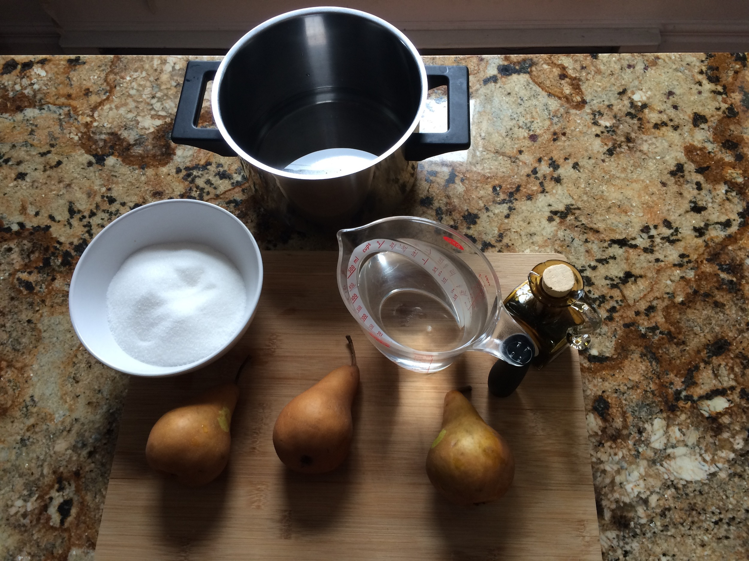 Use Bosc pears since their flesh will stand up better to the heat than other varieties. Unless you're planning on making mush.