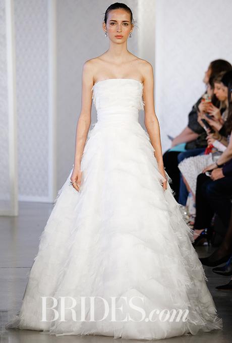 oscar-de-la-renta-wedding-dresses-spring-2017-022.jpg