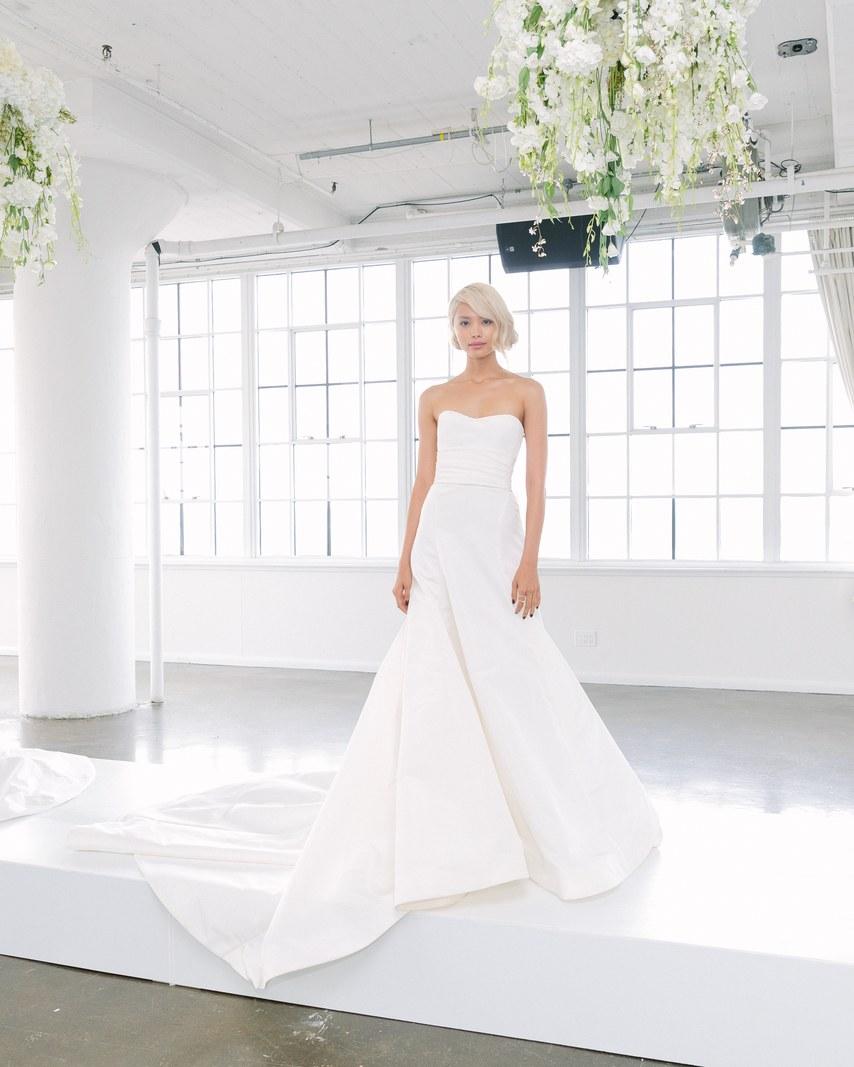 marchesa-wedding-dresses-fall-2018-04.jpg