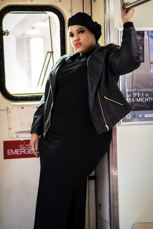 Leah-Vernon-Body-Positive-Detroit-Style-Blogger-Muslim-Girl-2.jpg