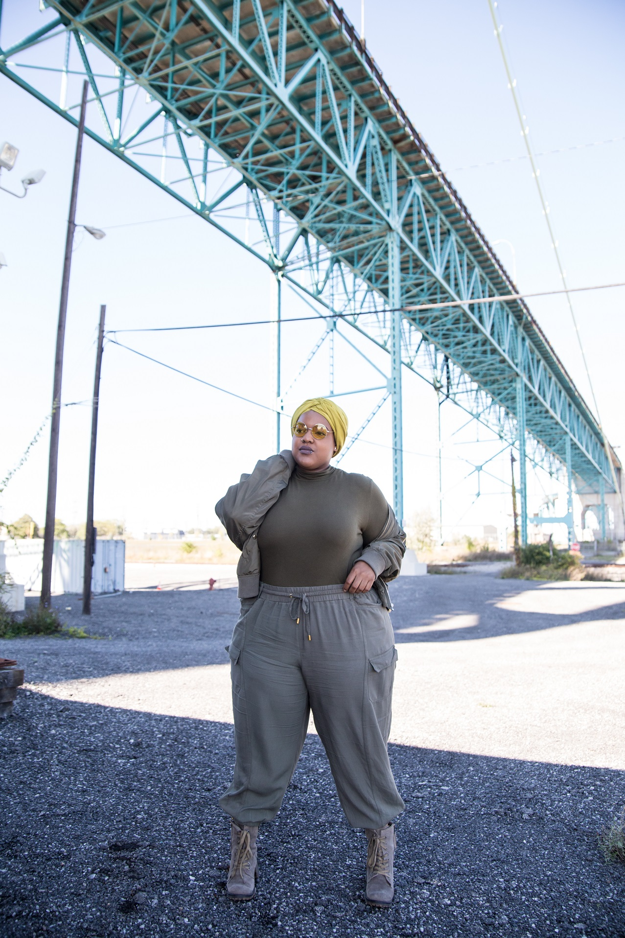 Leah-Vernon-Muslim-Girl-Plus-Size-Model-Body-Positive-Detroit.jpg