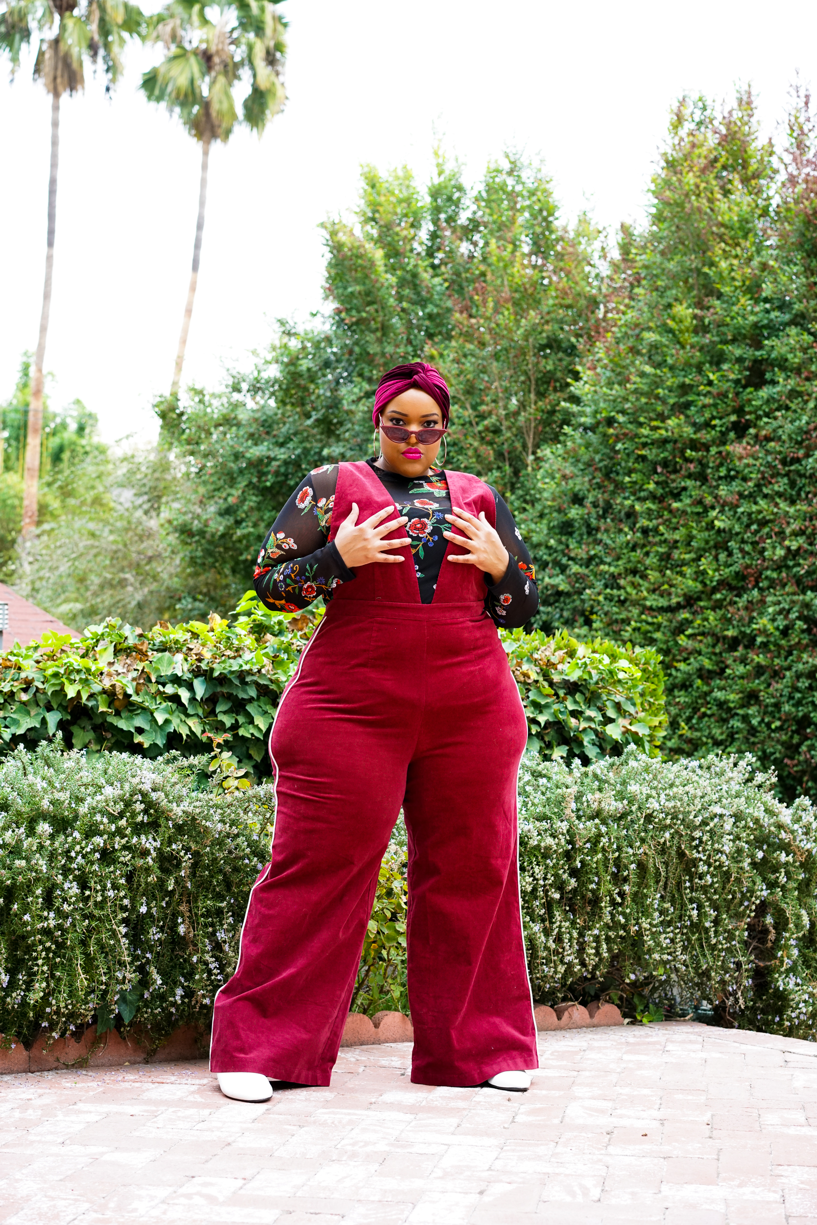 Leah-Vernon-Plus-Size-Body-Positive-Muslim-Girl-Model-Detroit-London-Blogger-Instagram-3.jpg