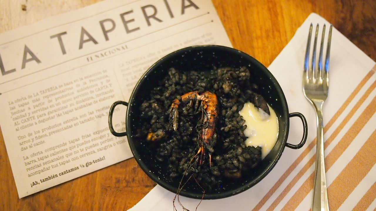 El Nacional, black squid ink paella tapas