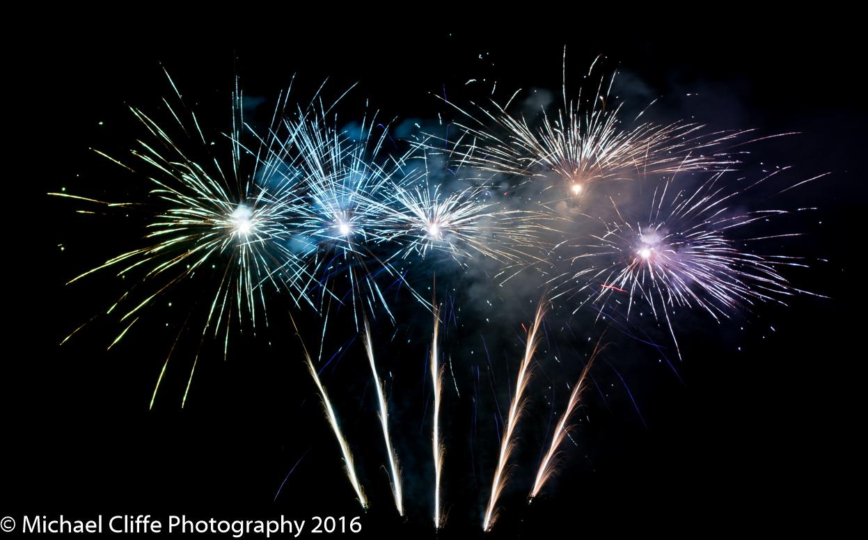 Fireworks Cronkey Shaw Common Rochdale 2016 - RochdaleOnline-36.jpg