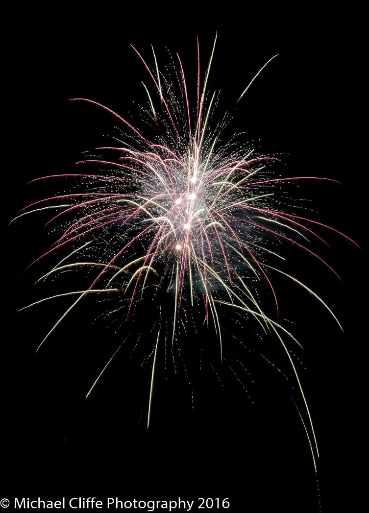 Fireworks Cronkey Shaw Common Rochdale 2016 - RochdaleOnline-43.jpg