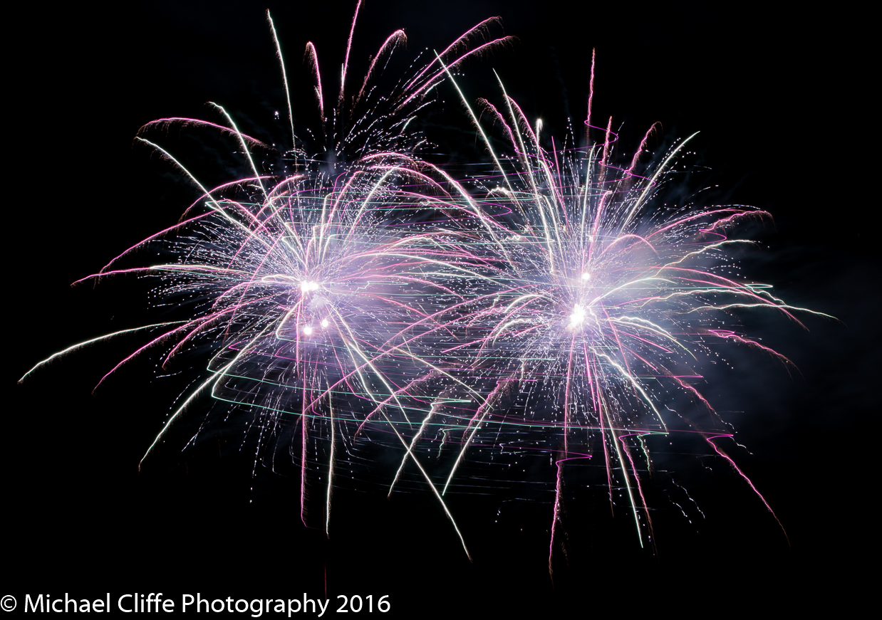 Fireworks Cronkey Shaw Common Rochdale 2016 - RochdaleOnline-45.jpg