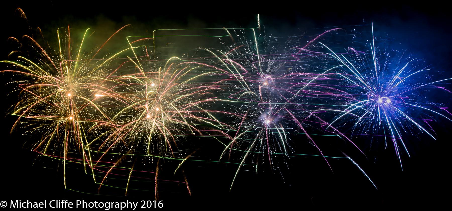 Fireworks Cronkey Shaw Common Rochdale 2016 - RochdaleOnline-47.jpg
