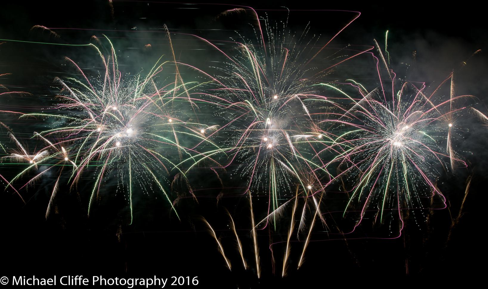 Fireworks Cronkey Shaw Common Rochdale 2016 - RochdaleOnline-48.jpg