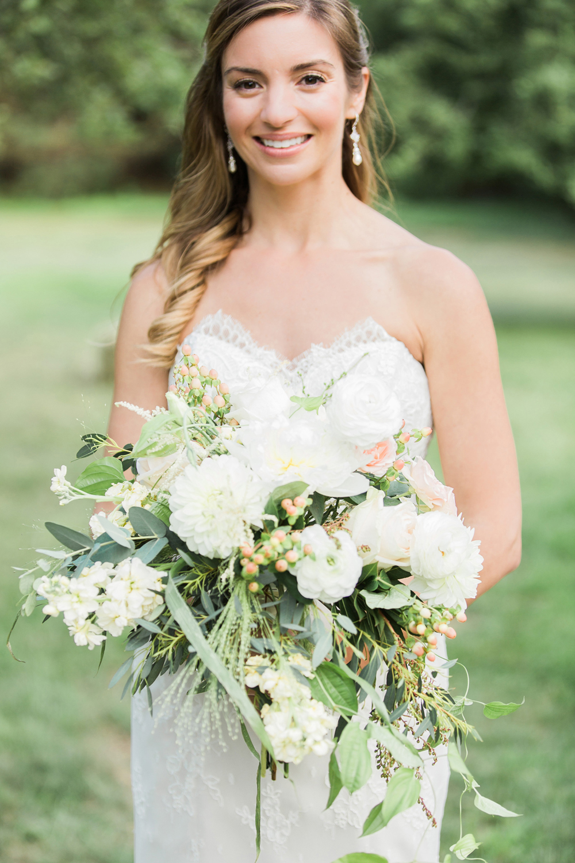 FlowerKiosk_WeddingLookbook_002.jpg