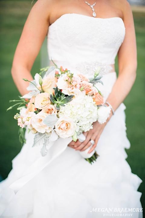 FlowerKiosk_WeddingLookbook_013.jpg