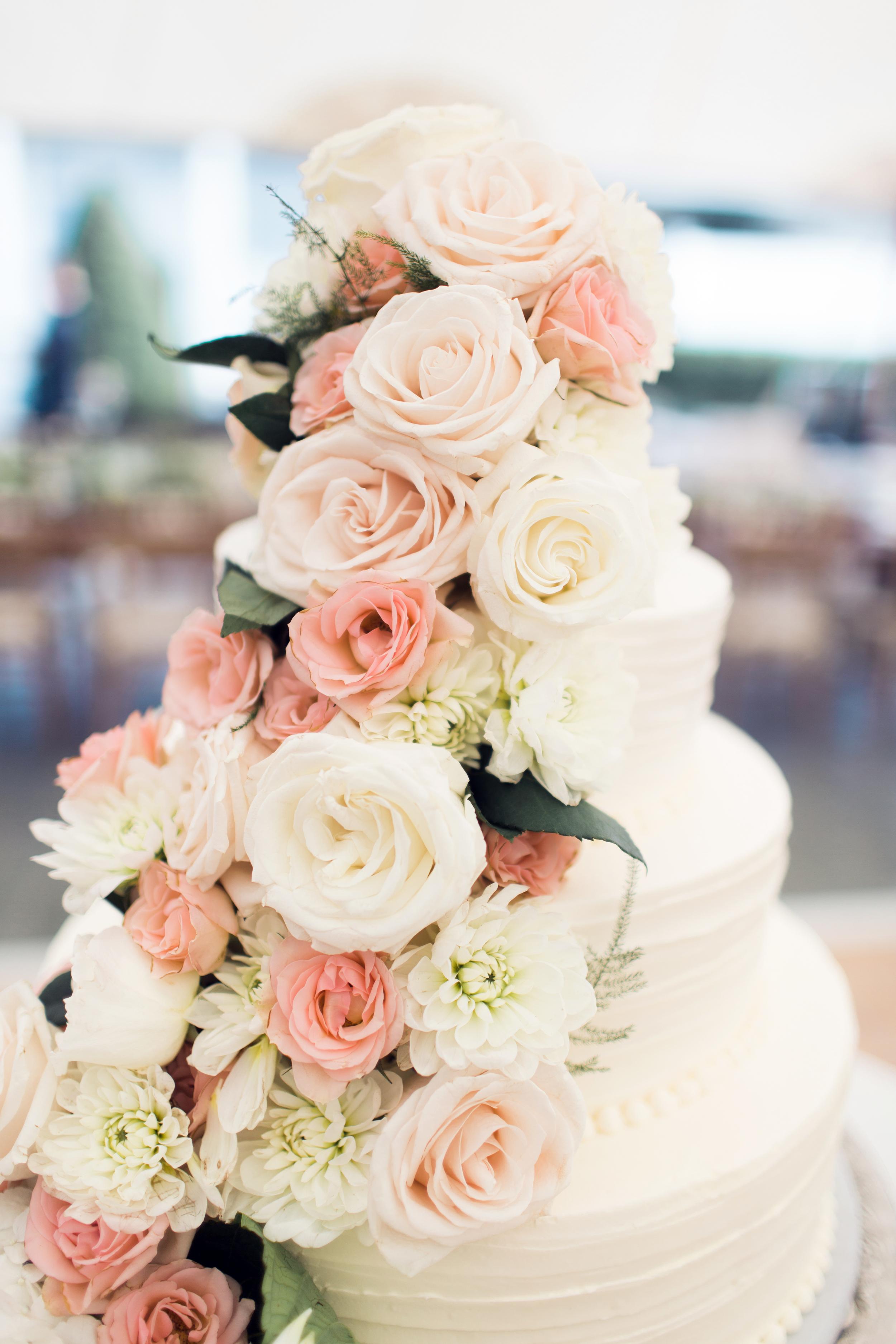 FlowerKiosk_WeddingLookbook_009.jpg