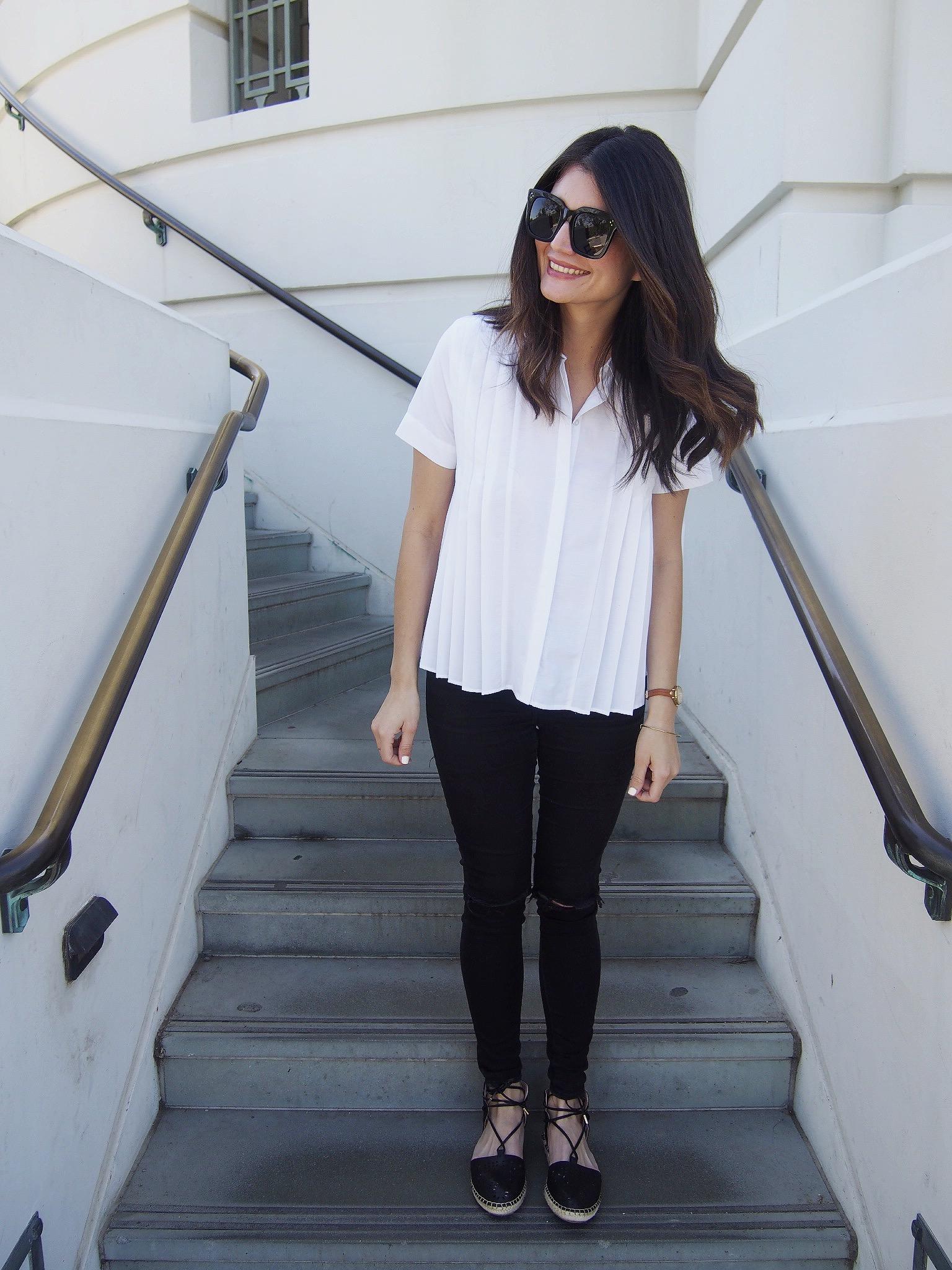 Top:  Zara . Jeans: Old Topshop. Shoes:  Topshop . Sunglasses: Celine.
