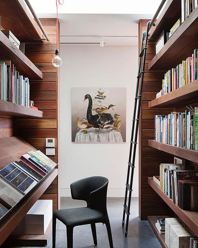 -SUID Inspire Me Sunday- Even though digital books are more convenient and popular today, we still receive a lot of requests to incorporate bookshelf storage for clients. Someone once told me that bookshelves tell a lot about a person. Guests are often intrigued by the titles that sit on the bookshelf of their host. Whether you carve out a nook or design custom millwork for your collection, books on display add character and warmth to a space. The simple design of the spines can be rhythmic artwork in a space. So book lovers, it's absolutely okay to hold onto your books. #suidinspiremesunday . . . . . . #inspiration #bookstagram #booklover #bookshelf #book #library #librarydesign #interiordesign #interiordesigner #dcinteriordesigner #dcinteriordesign #washingtonian #washingtonfineproperties #locallibrary #kalorama #crestwooddc #shepherdparkdc #bethesda #chevychase #art #dcliving #takomapark #yourneighborhooddesigner 📷 via Pinterest