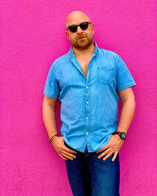 Color blocking in WeHo #colorblocks #color #saturation #indigo #pink #paulsmith