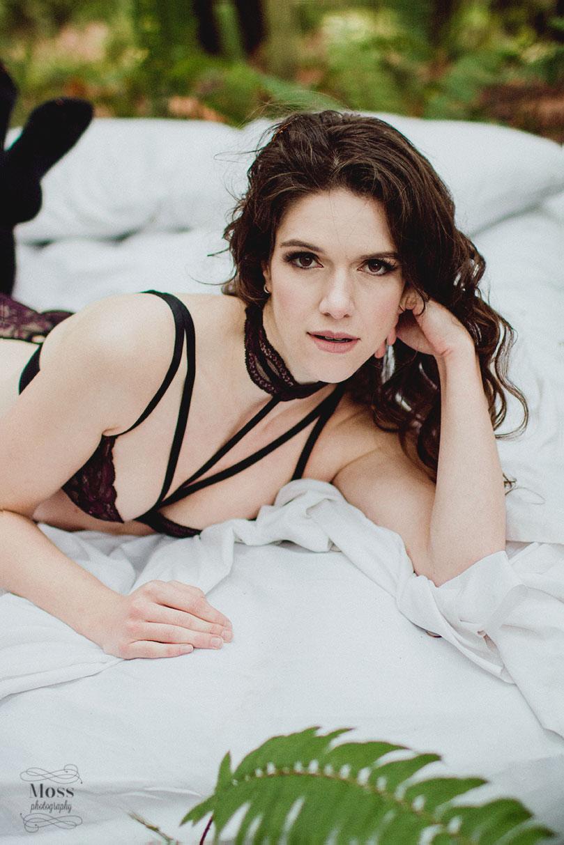 Kennedy-Victoria-Boudoir-Photography-36.jpg
