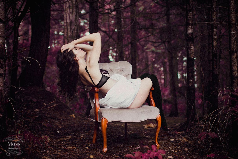 Kennedy-Victoria-Boudoir-Photography-47.jpg