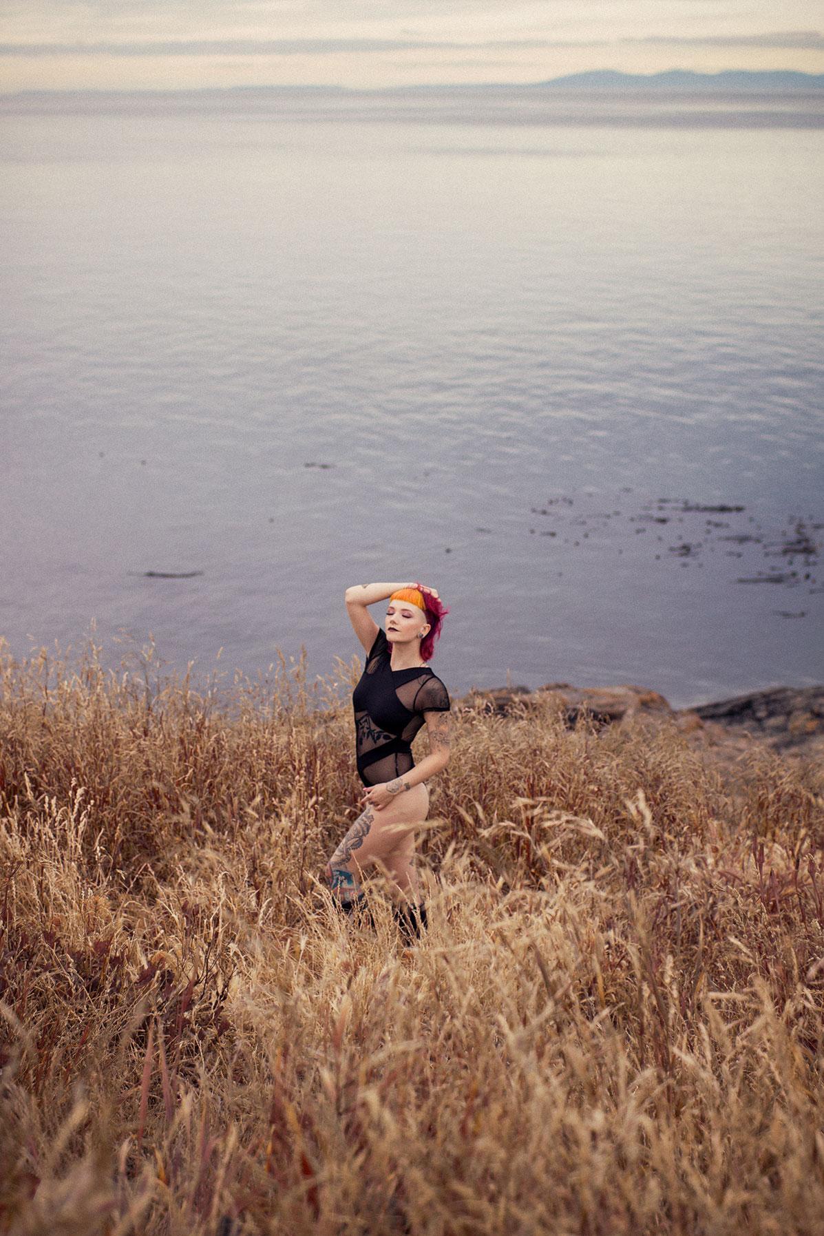 Victoria-BC-Outdoor-Boudoir-Photography-21.jpg