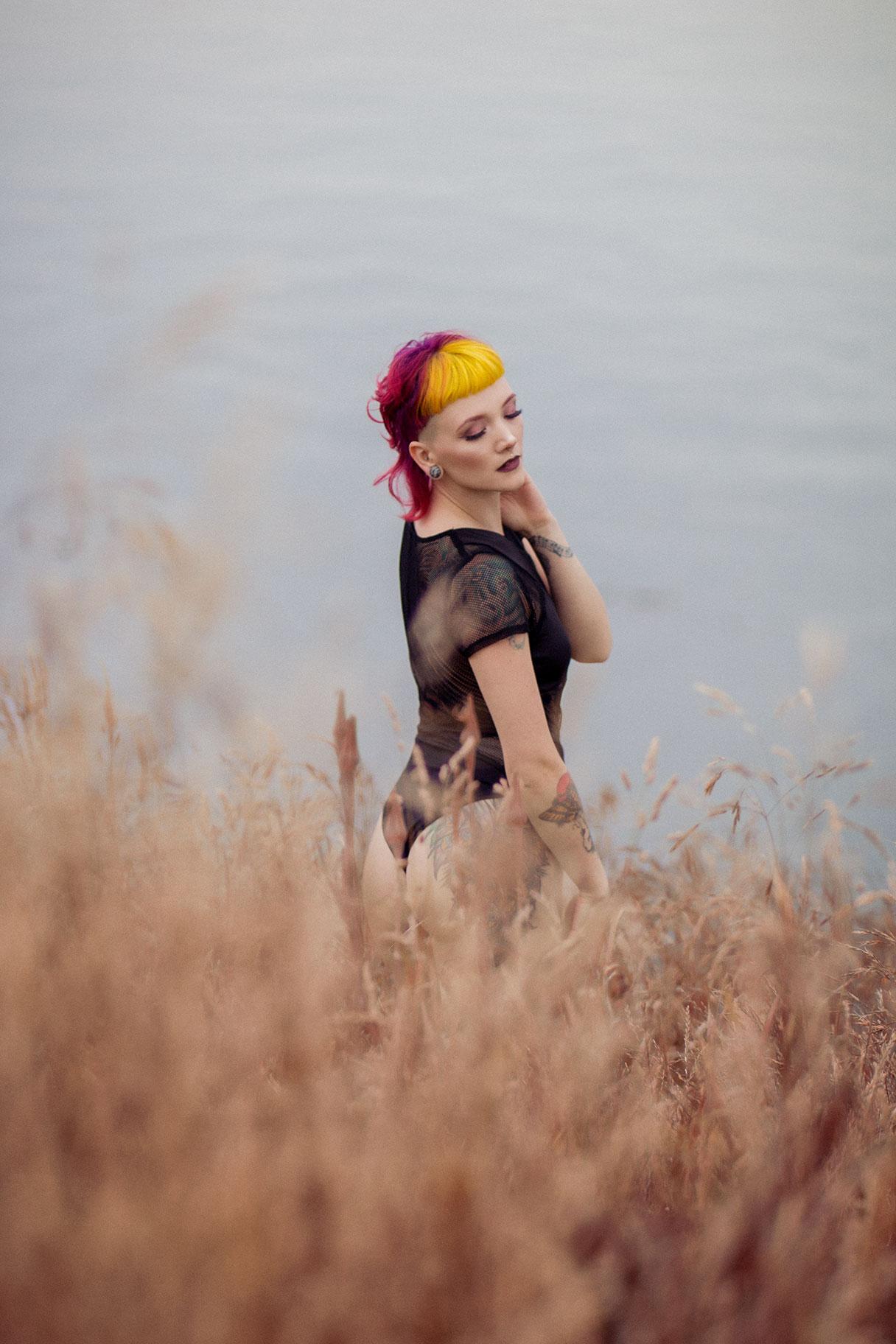Victoria-BC-Outdoor-Boudoir-Photography-20.jpg