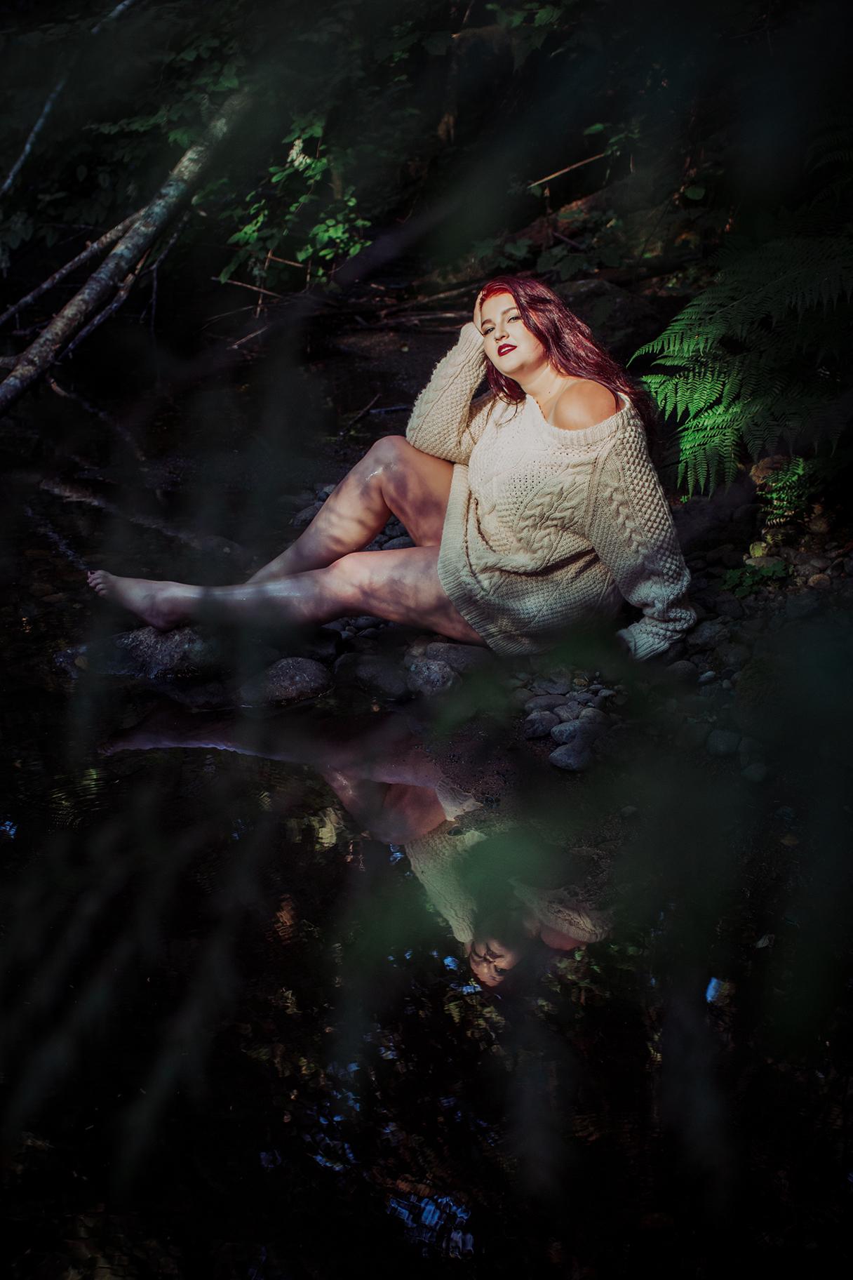 Victoria-BC-Outdoor-Boudoir-Moss-Photography-61.jpg