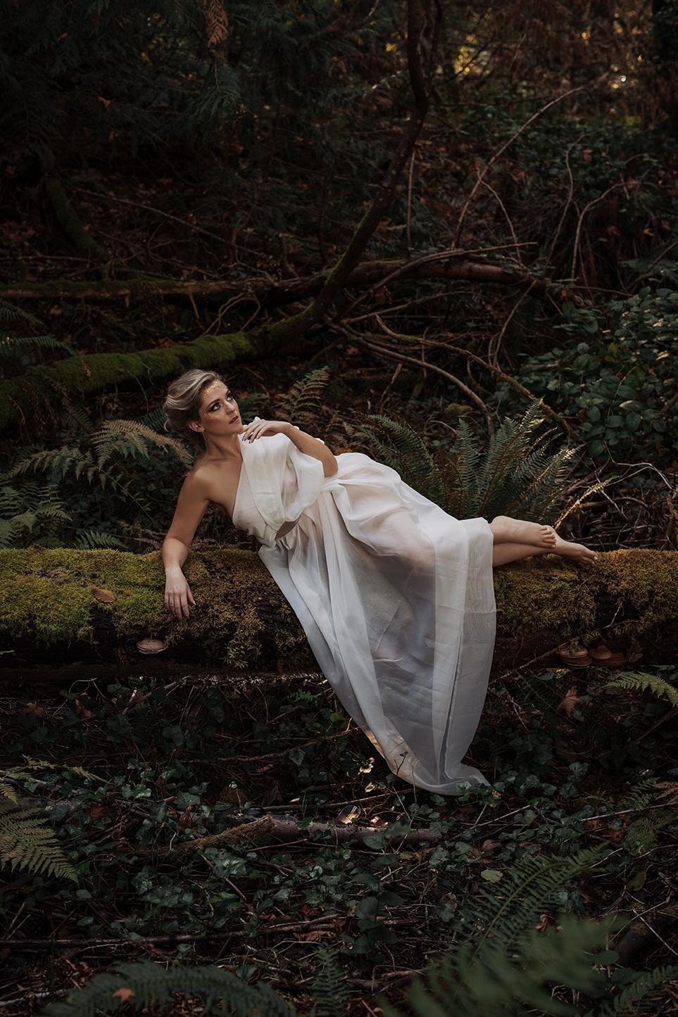 Victoria-BC-Outdoor-Boudoir-Moss-Photography-36.jpg