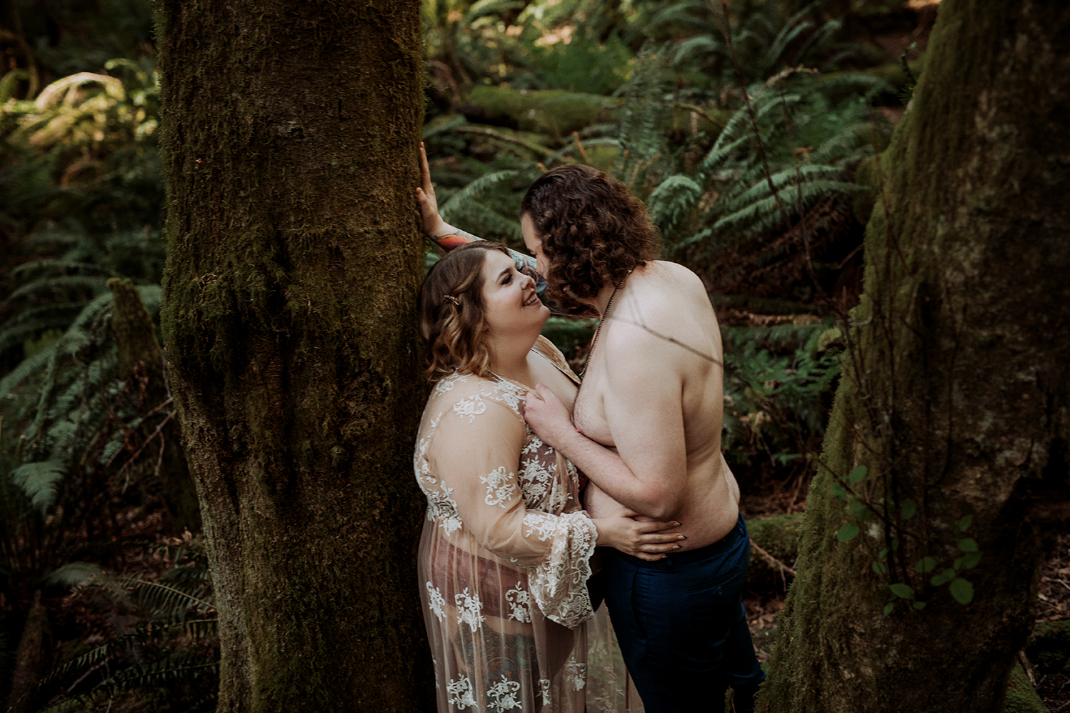Vancouver-Island-Couples-Boudoir-Moss-Photography-10.jpg