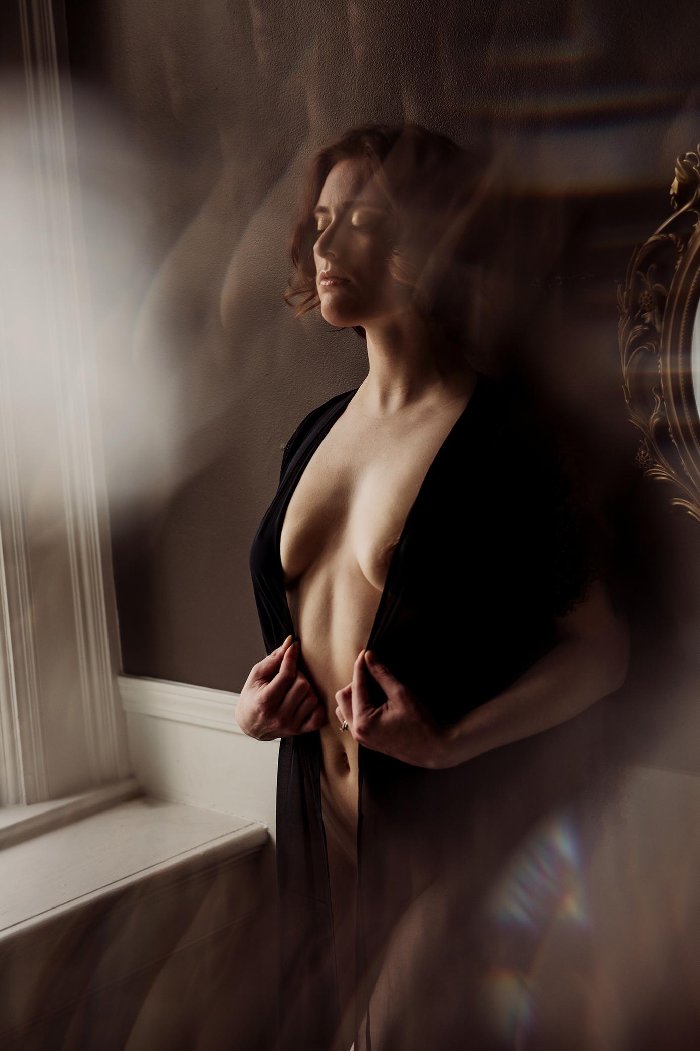Victoria-BC-Boudoir-Moss-Photography_-35.jpg