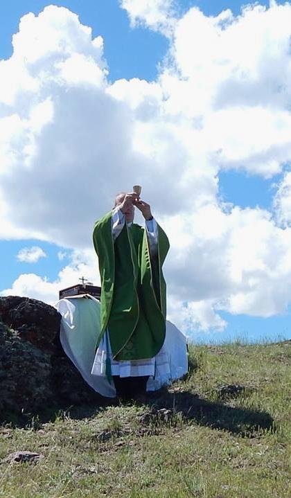 Catholic mountain mass.jpg