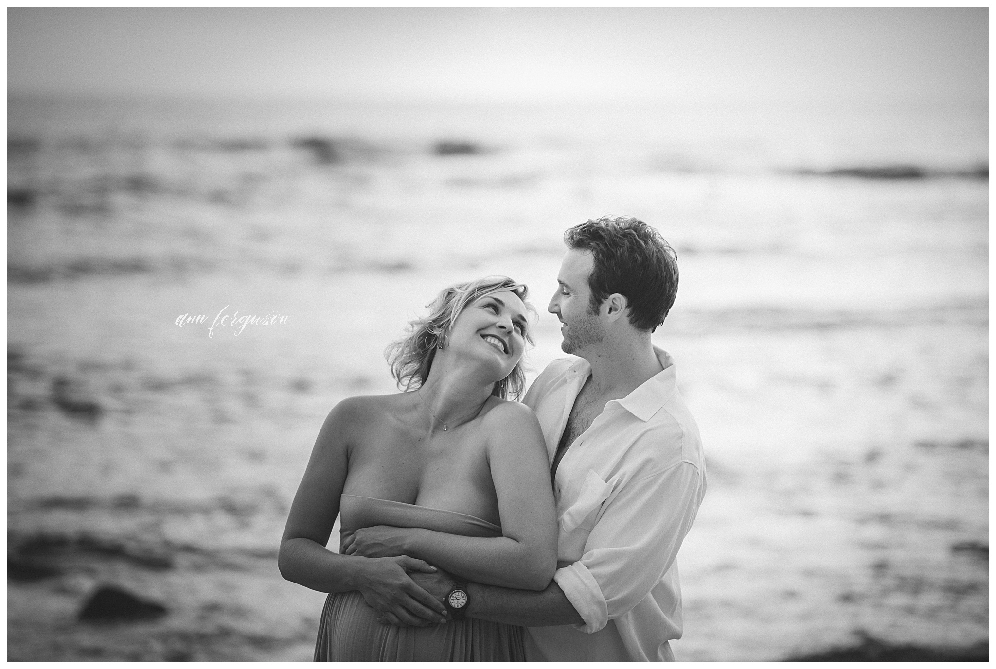 Maternity photographer Old Airport Beach