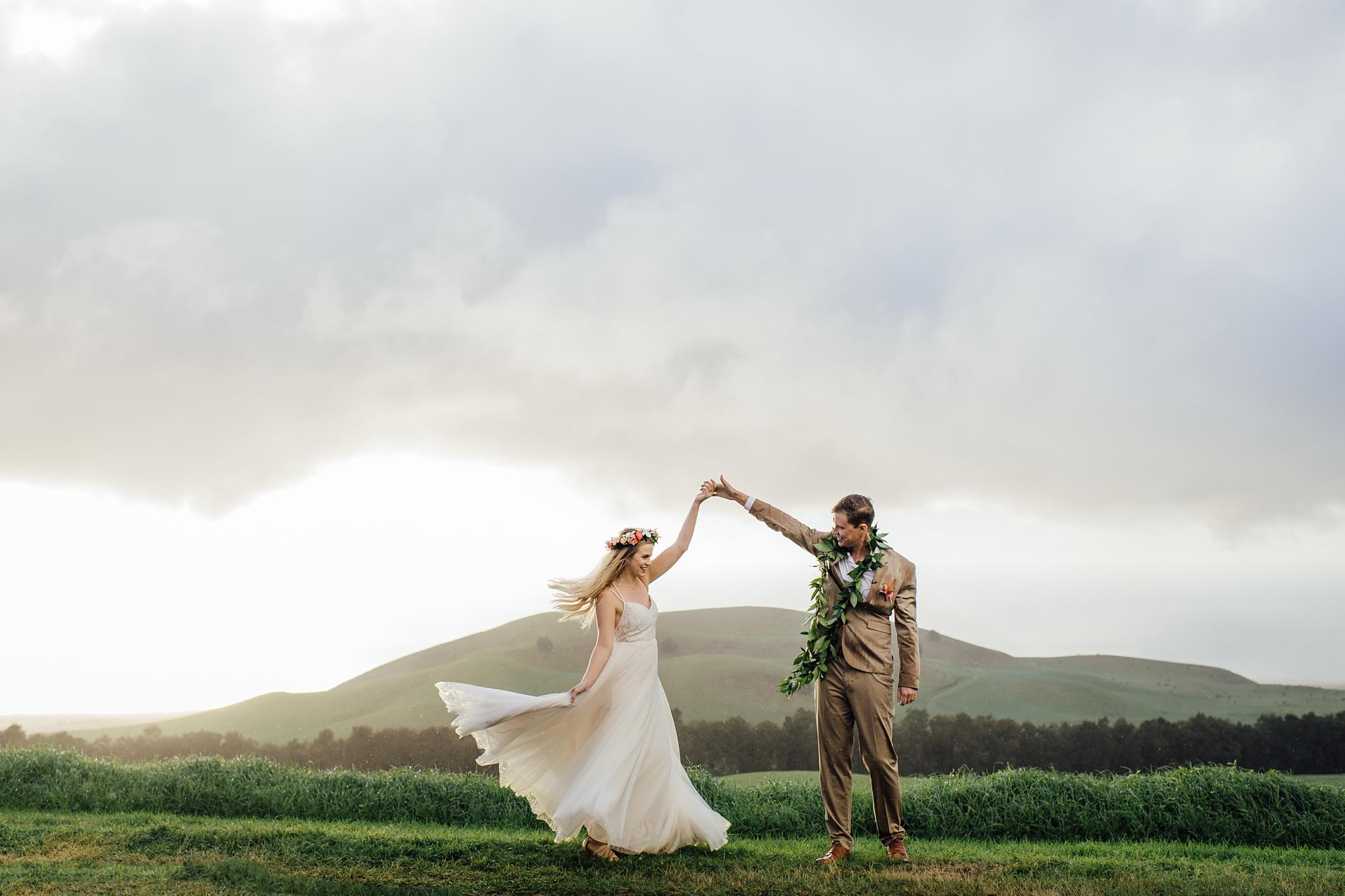wedding twirls hawaii photographer