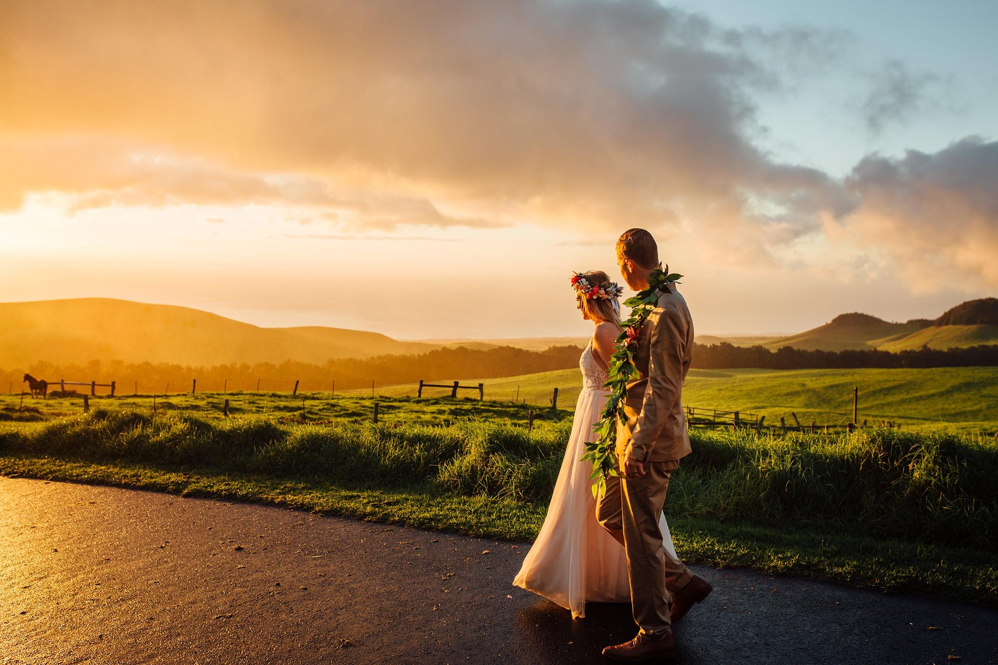 golden kahua ranch wedding
