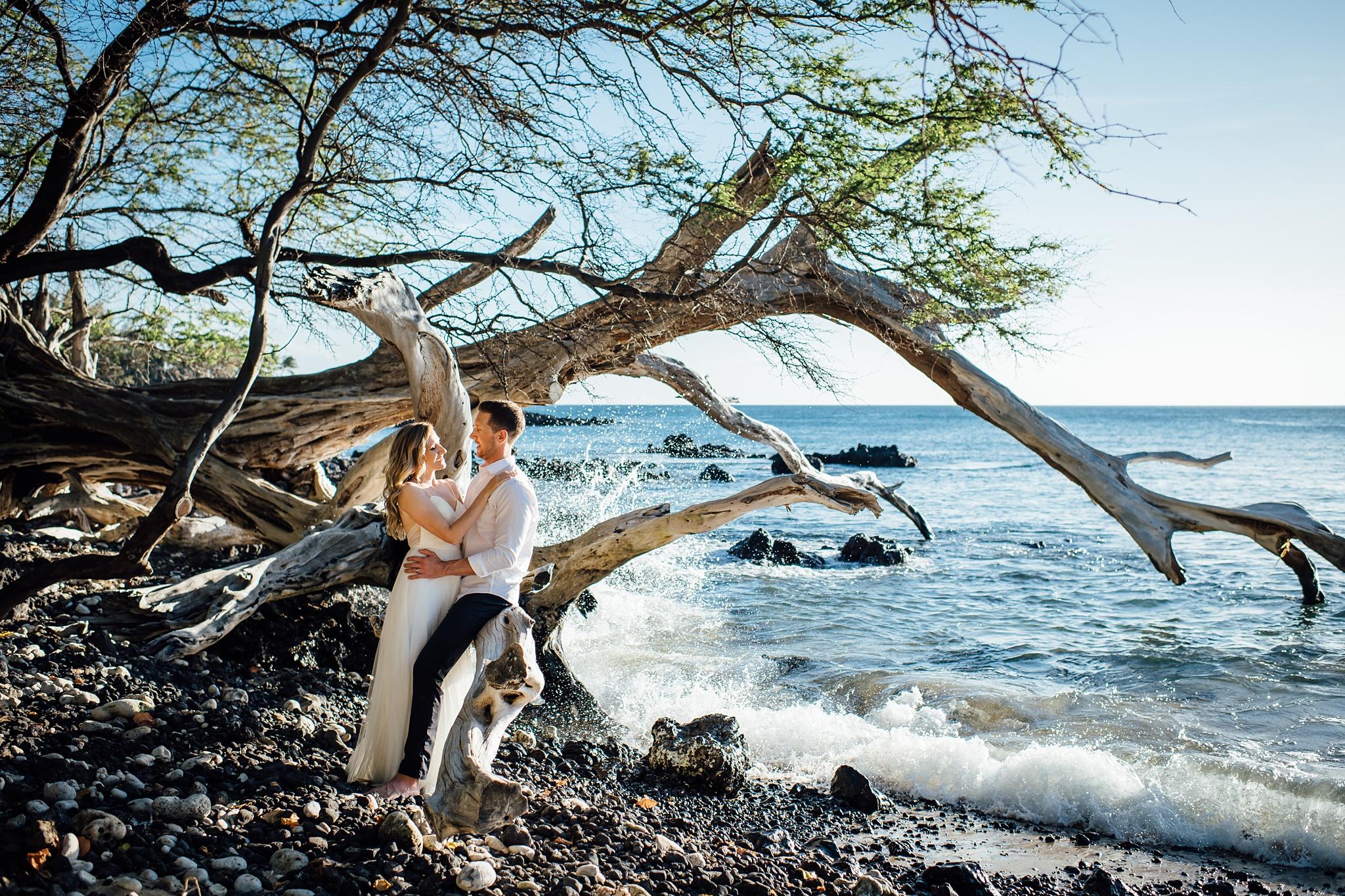 big island elopement photographer at beach 69