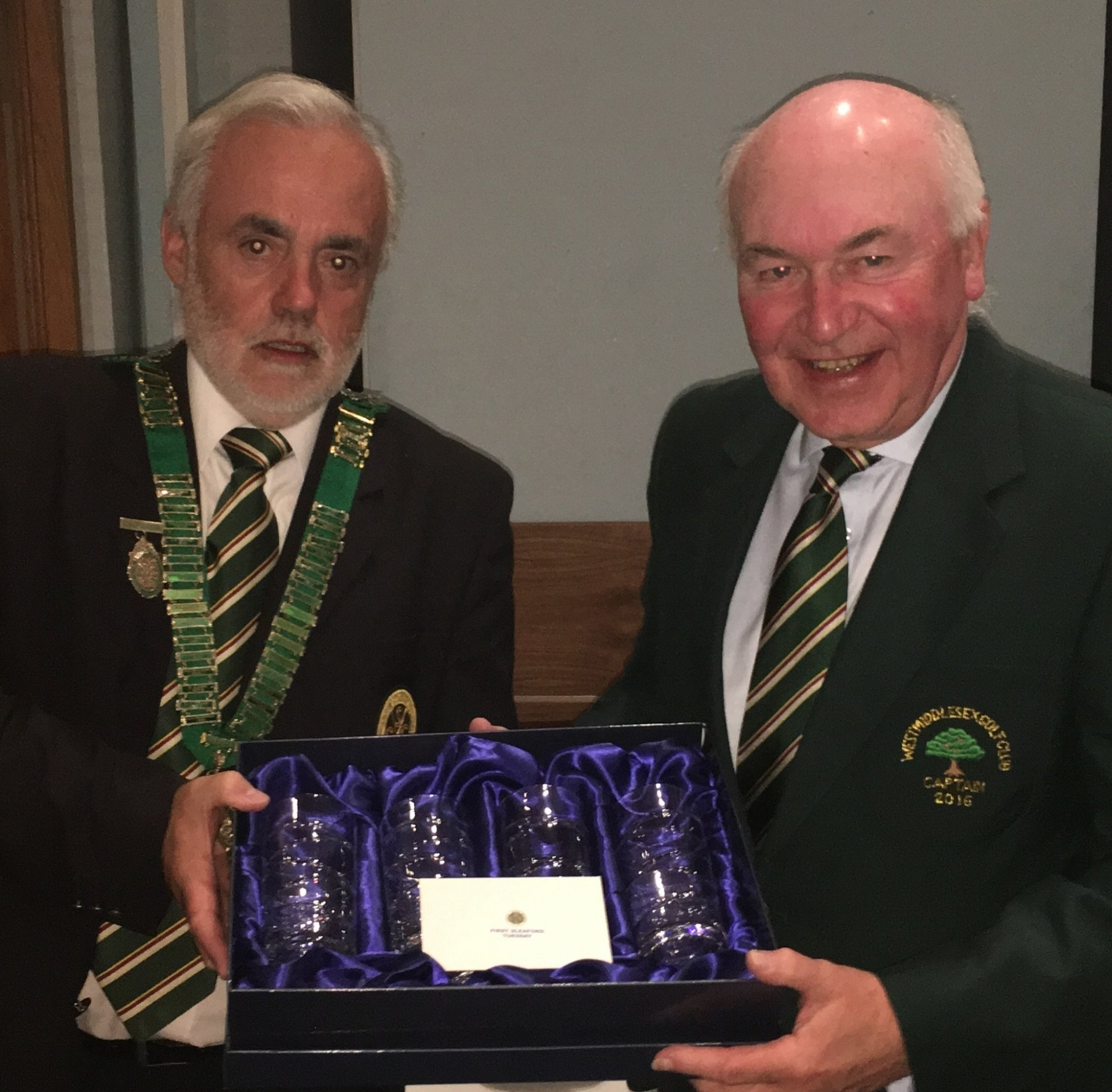 Steve McGovern West Middlesex Golf Club receiving his prize as winner at Sleaford Golf Club on Tuesday