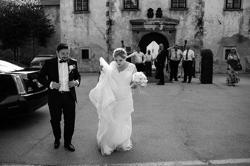 Ana_Miha_Wedding_Otocec_Slovenija_5.7.2014-118.jpg