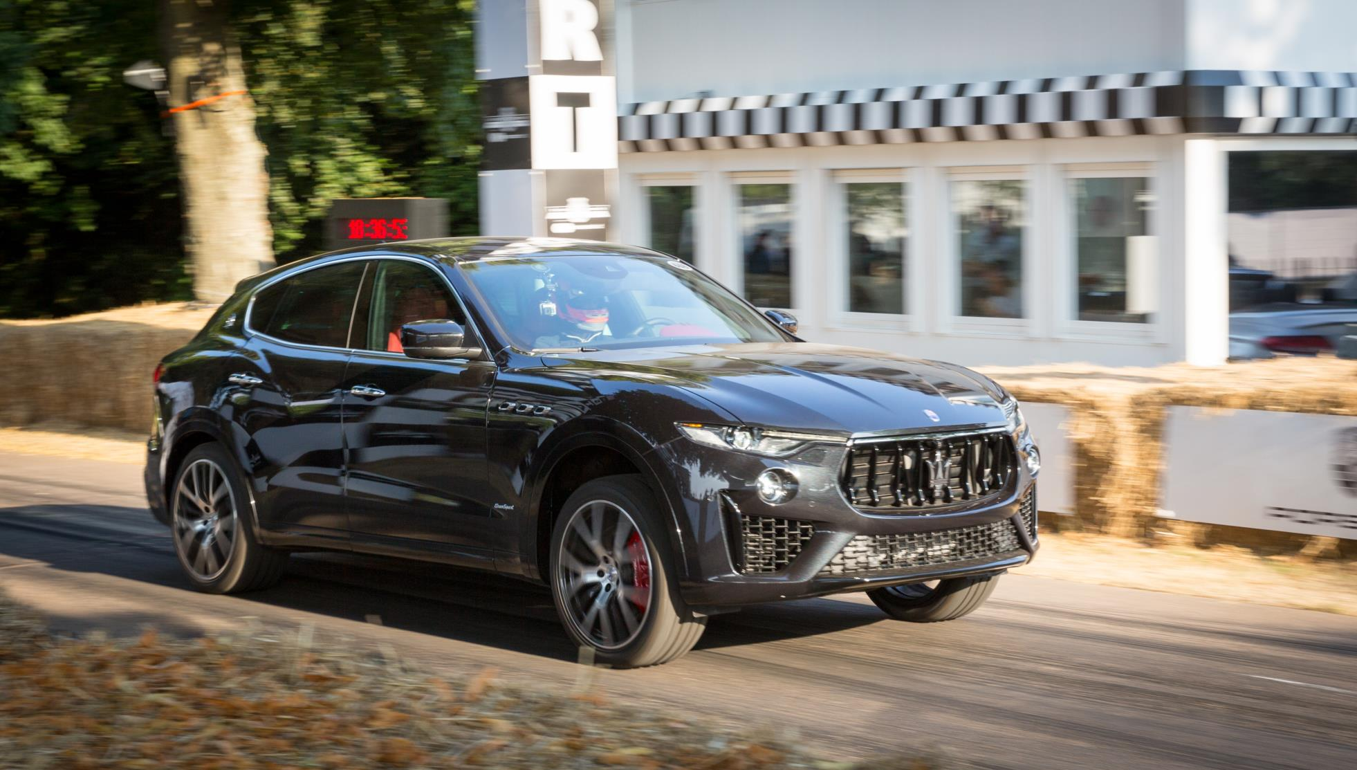 MY19 Maserati Levante GranSport (1).jpg