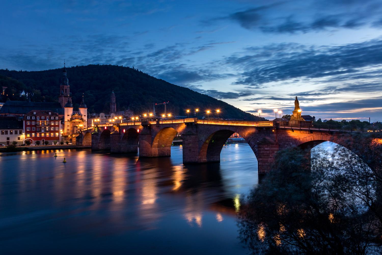 heidelberg-alte-bruecke-blaue-stunde-daniel-wohlleben.jpg